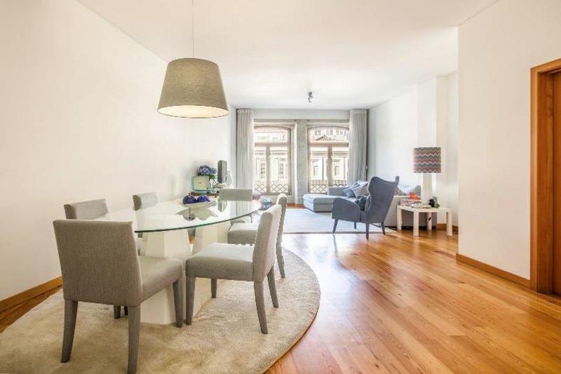 Appartement T2 de 106 m² - Centre historique Porto / Vitória   BVP-FaC-1024   3   Bien vivre au Portugal