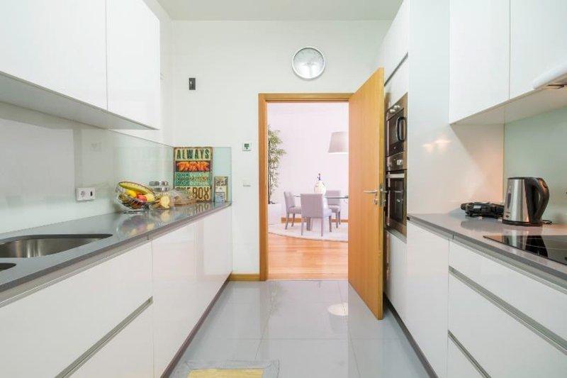 Appartement T2 de 106 m² - Centre historique Porto / Vitória   BVP-FaC-1024   5   Bien vivre au Portugal
