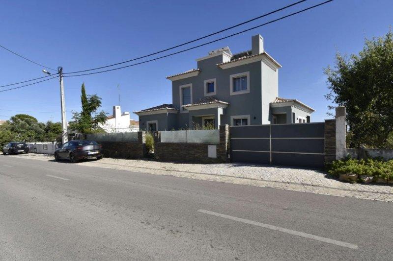 Maison neuve T3 de 324 m² avec piscine - Santa Barbara de Nexe | BVP-TMR-1082 | 39 | Bien vivre au Portugal