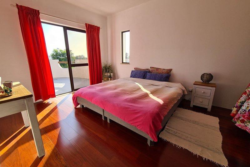 Maison individuelle T5 avec piscine + 2 annexes - Santa Barbara de Nexe | BVP-TMR-1083 | 11 | Bien vivre au Portugal