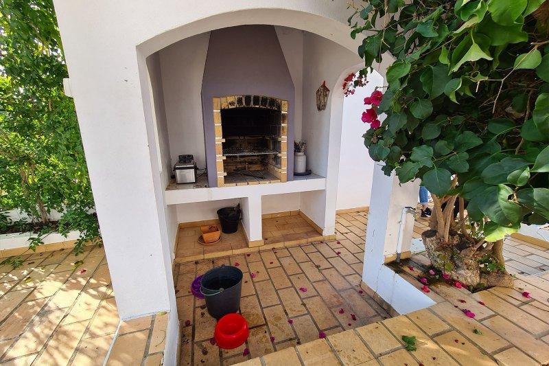 Maison individuelle T5 avec piscine + 2 annexes - Santa Barbara de Nexe | BVP-TMR-1083 | 34 | Bien vivre au Portugal