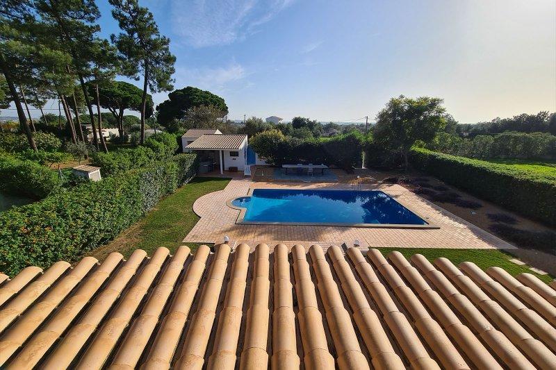 Maison individuelle T5 avec piscine + 2 annexes - Santa Barbara de Nexe | BVP-TMR-1083 | 39 | Bien vivre au Portugal