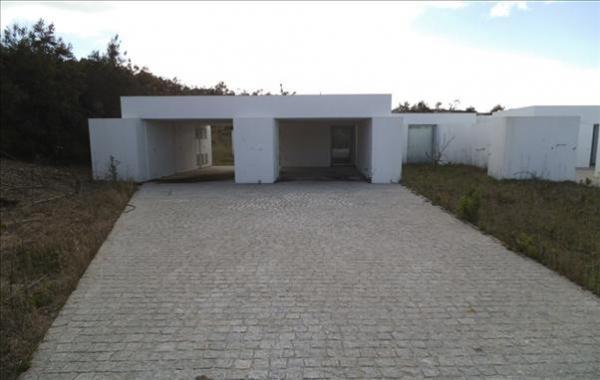 Maison V2 de plain-pied - Vau | À vendre Leiria, Portugal