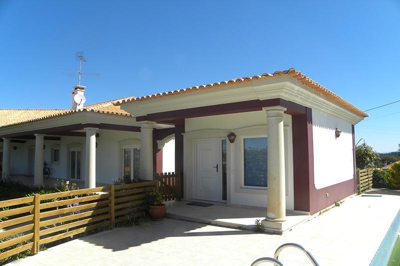 big house 5 bedrooms with swimming pool cova da iria ftima 3