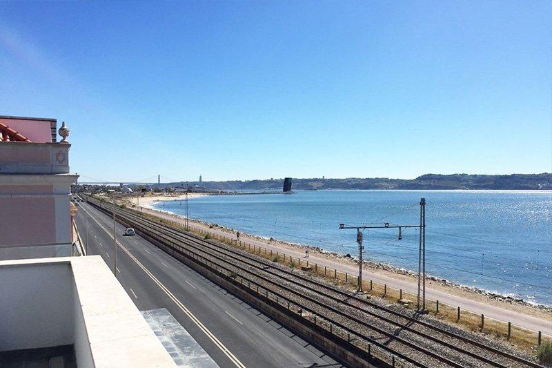 Duplex T3 de 200 m² vista frontal de Río y Mar - Algés / Oeiras   BVP-FC-670   5   Bien vivre au Portugal