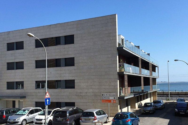 Duplex T3 de 200 m² vista frontal de Río y Mar - Algés / Oeiras   BVP-FC-670   7   Bien vivre au Portugal