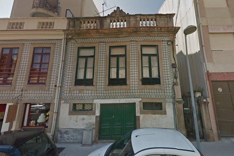 Immeuble à rénover - Espinho   BVP-DA-711   1   Bien vivre au Portugal