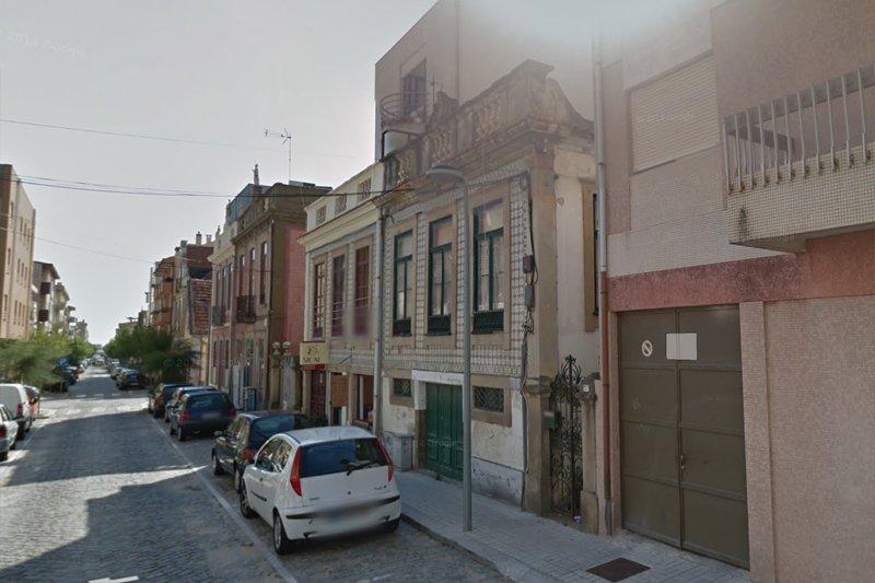 Immeuble à rénover - Espinho   BVP-DA-711   2   Bien vivre au Portugal