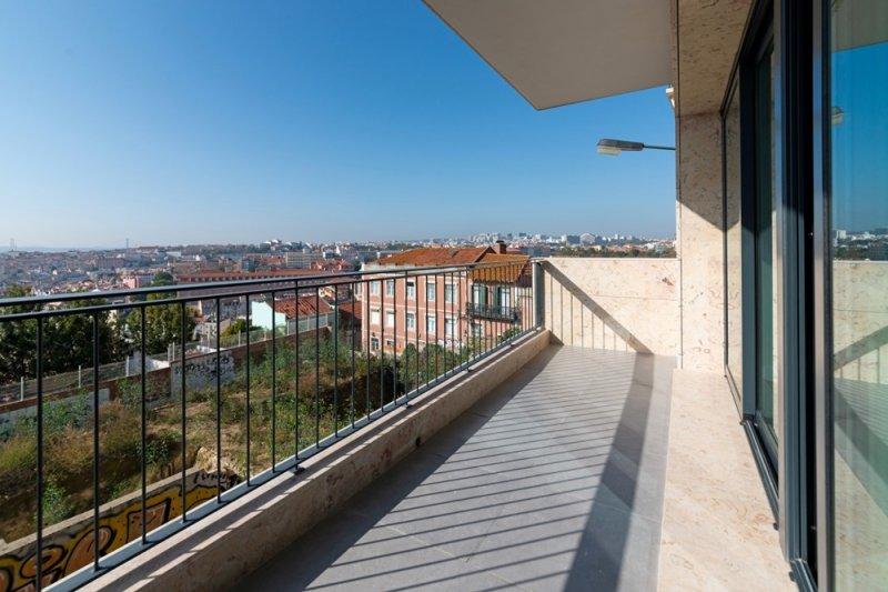 Appartement T3 de 105 m² avec terrasse - São Vicente / Graça | BVP-FaC-889 | 1 | Bien vivre au Portugal