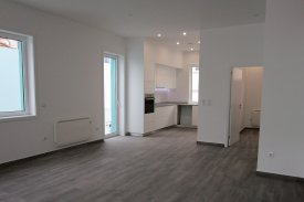 <p class= annonceFrom >Porto real estate</p> | House T4 of 150 sqm - Porto / Campanhã | BVP-MP-1056