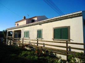 <p class= annonceFrom >Faro immobilier</p> | Maison V3 de plain-pied avec piscine à vendre, Algarve