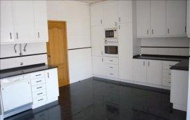 <p class= annonceFrom >Aveiro immobilier</p> | Vente appartement duplex T4 - proche du centre historique d'Aveiro