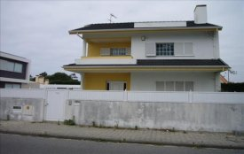 <p class= annonceFrom >Aveiro immobilier</p> | Vente maison V4 disponat de beaux volumes, Esmoriz