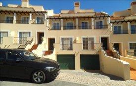 <p class= annonceFrom >Faro immobilier</p> | Vente maison V4 finitions luxe, Alto do Semino - Quarteira