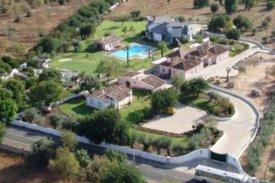 <p class= annonceFrom >Faro immobilier</p> | Magnifique propriété à vendre à Tavira, Algarve