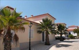 <p class= annonceFrom >Leiria immobilier</p> | Maison 3 pièces - copropriété privée - Praia d'El Rey