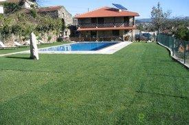 <p class= annonceFrom >Aveiro immobilier</p> | Magnifique maison T3 rustique moderne avec piscine - Couto de Esteves
