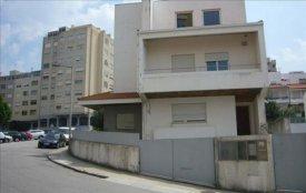<p class= annonceFrom >Porto immobilier</p> | Maison V4 disposant de grand volumes à vendre, Région Nord