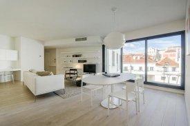 <p class= annonceFrom >Lisbonne immobilier</p> | Appartement T3 neuf de 155m²- Santa Catarina / Miséricordia