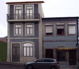 <p class= annonceFrom >Porto immobilier</p> | Immeuble de 384 m² -Fontainhas | BVP-GA-658