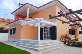 <p class= annonceFrom >Lisbonne immobilier</p> | Maison T5 de 192 m² avec piscine - Cascais e Estoril | BVP-PP-701