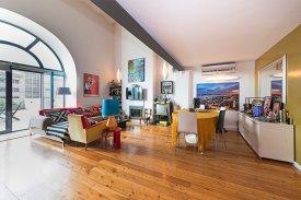 <p class= annonceFrom >Lisbonne immobilier</p> | Magnifique loft de 127 m² - Estrela / Prazeres | BVP-FaC-733