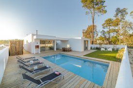 <p class= annonceFrom >Setúbal real estate</p> | House T3 of 171 sqm with pool - Comporta | BVP-FaC-803