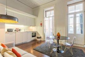 <p class= annonceFrom >Porto real estate</p> | Apartment T1 of 76 sqm with terrace - Baixa do Porto / Santo Ildefonso | BVP-FaC-814