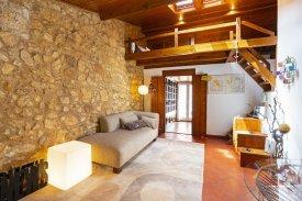 <p class= annonceFrom >Lisbonne immobilier</p> | Appartement T1 de 70 m² avec mezzanine - Estrela / Lapa | BVP-FaC-841