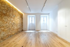 <p class= annonceFrom >Lisbon real estate</p> | Apartment T2 of 110 sqm - Estrela / Lapa | BVP-FaC-851