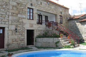 <p class= annonceFrom >Viseu real estate</p> | Rustic rural tourism house - Tabuaço | BVP-TD-863