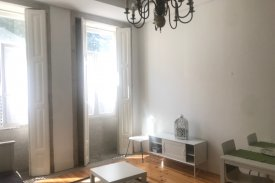 <p class= annonceFrom >Porto immobilier</p> | Appartement T2 avec patio - Bonfim / Porto | BVP-TD-953