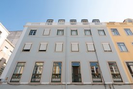 <p class= annonceFrom >Lisbon real estate</p> | Apartment of 156 sqm - Lapa / Lisbon| BVP-FAC-958