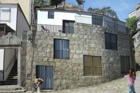 <p class= annonceFrom >Porto real estate</p> | Building to rehabilitate with approved project - Miragaia / Porto | BVP-PF-968