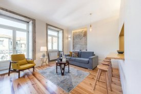 <p class= annonceFrom >Porto real estate</p> | One bedroom Apartment of 55 sqm - Downtown of Porto / Sé | BVP-FAC-988